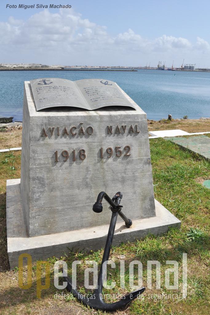 A Aviação Naval sempre foi recordada em S. Jacinto e regularmente militares que ainda serviram nesta componnete da Marinha visitavam S. Jacinto para honrar essa memória.