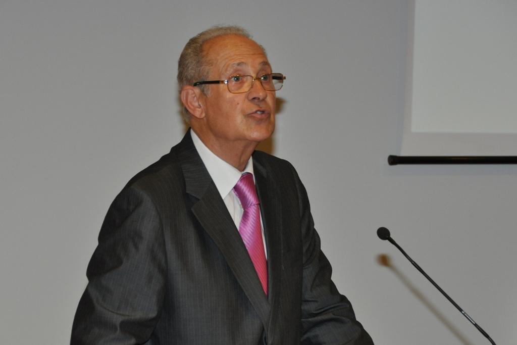 Major-general José Manuel Garcia Ramos Lousada, 73 anos de idade, natural de Bragança. Soldado-cadete de infantaria em 1959, integrou o primeiro curso de comandos na Zemba em 1962, o 31.º curso de pára-quedismo militar em 1965, passou à reserva em 1997 como major-general.