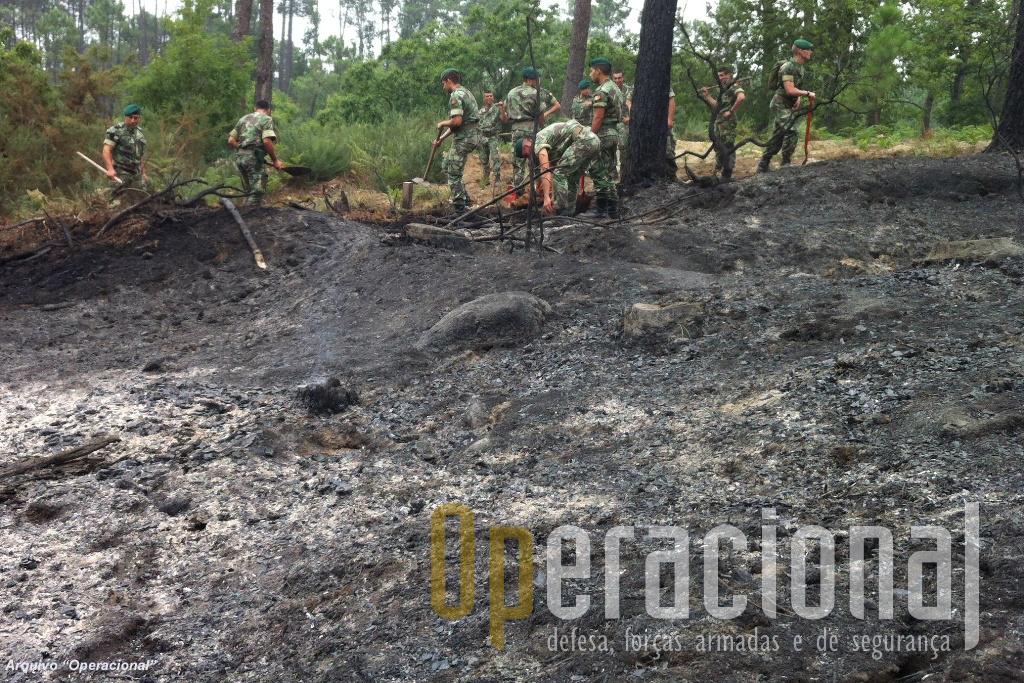 Muitas operação de rescaldo são cumoridas por efectivos do Exército no âmbitos dos planos em vigor.