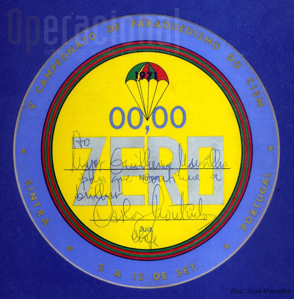 "Certificado de ""ZERO"", assinado e entregue pelo tenente-coronel Moutinho."