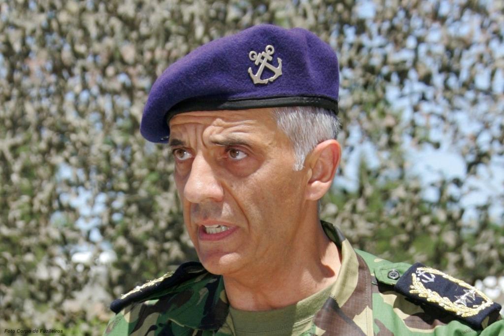 O Contra-Almirante Cortes Picciochi, comanda o Corpo de Fuzileiros da Marinha desde 2008.