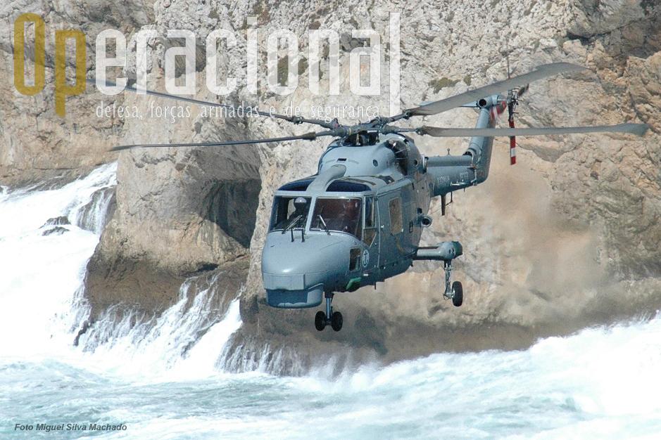 A Marinha Portuguesa opera 5 Westland Super Lynx Mk 95 desde 1993.