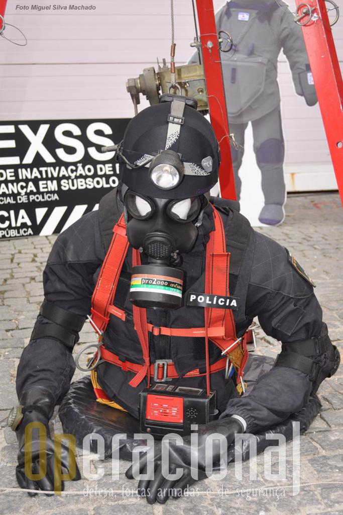 O Centro de Inactivação de Explosivos e Segurança em Subsolo, integra a Unidade Especial de Policia da PSP. Aqui está uma actividade que não é para todos!
