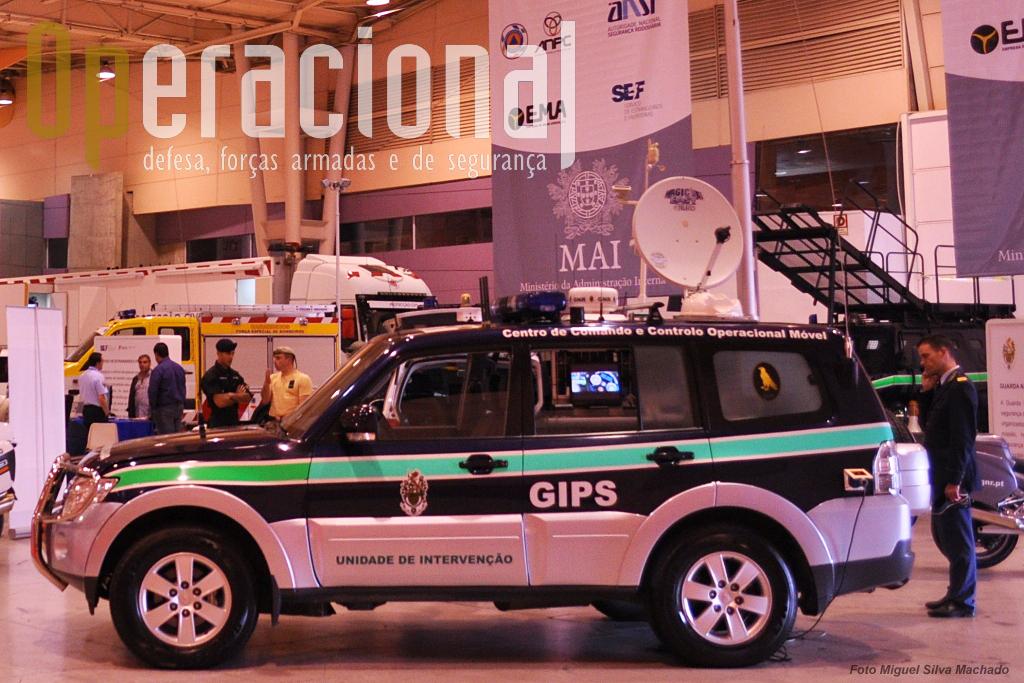 Viatura de comando e controlo do Grupo de Intervenção de Proteção e Socorro (GIPS), da Unidade de Intervenção da GNR.