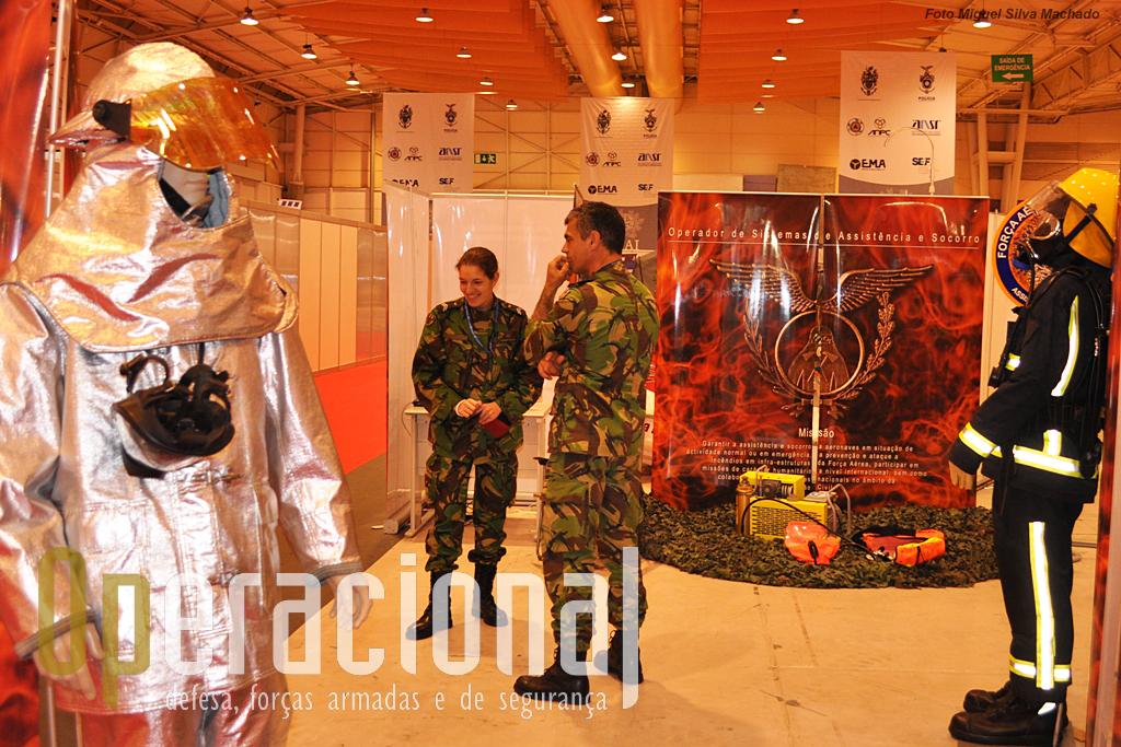 A Força Aérea esteve representada pelos Operadores de Assistência e Socorro (OPSAS) e...
