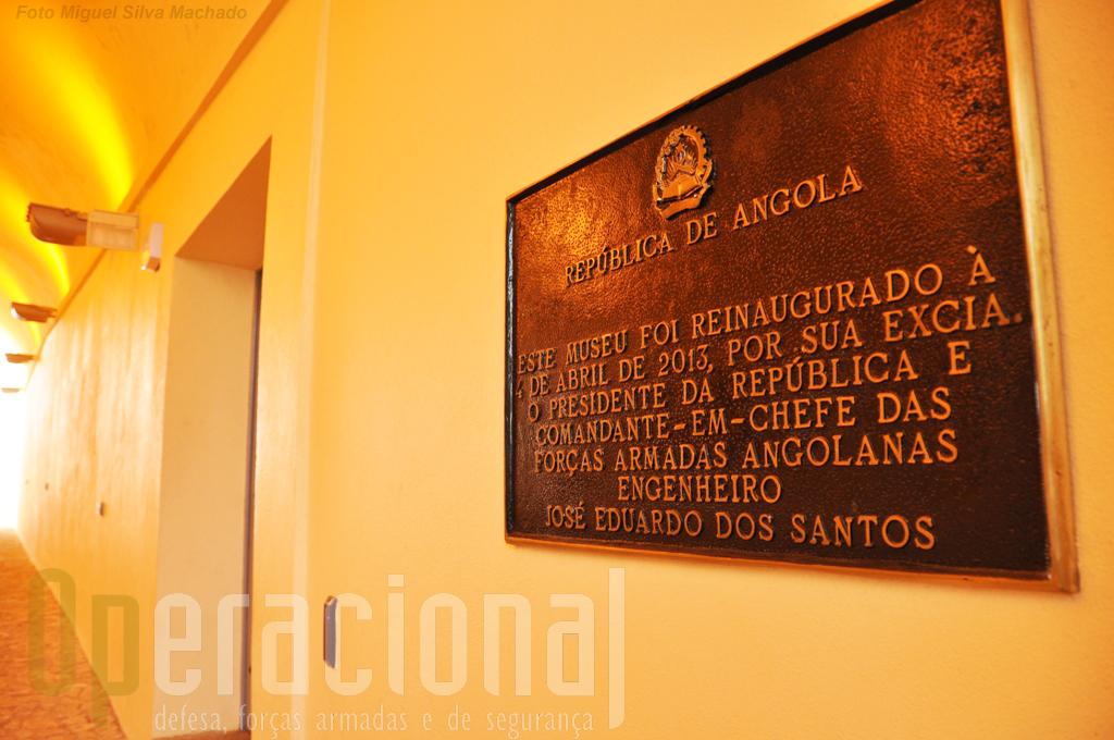 O museu, bem assim como a Bandeira - Monumento, foram inaugurados pelo Presidente da República de Angola que é também o comandante e, chefe das Forças Armadas.