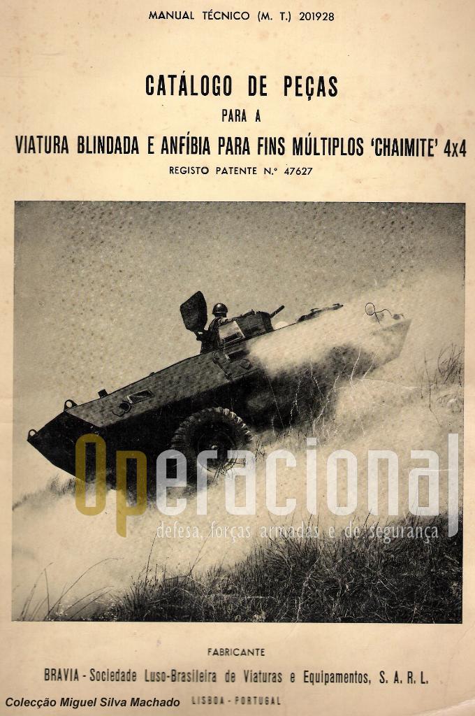 """A capa do primeiro manual que a BRAVIA publicou sobre a """"Chaimite"""", tinha na capa uma das fotos dos testes feitos no CT pelo protótipo que deu origem à viatura portuguesa"""