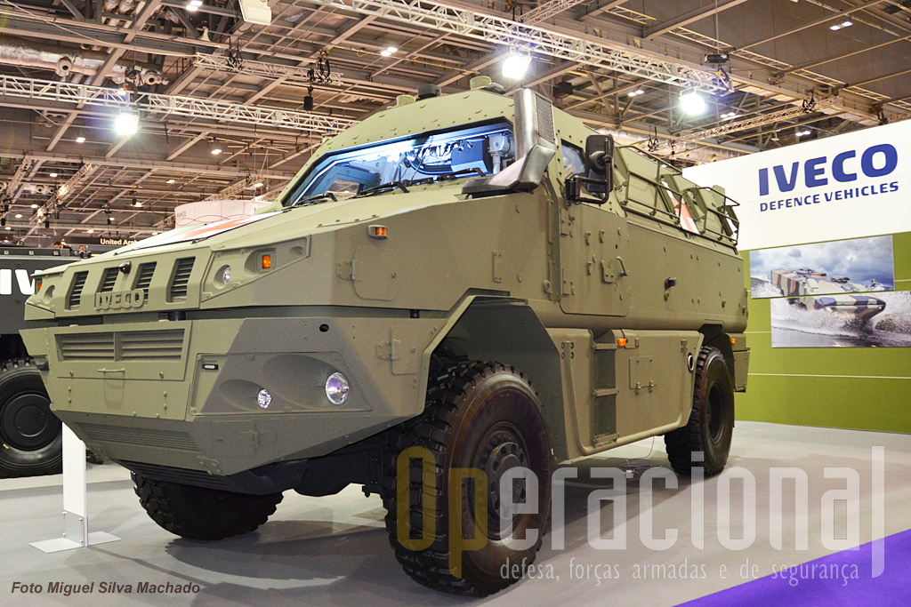 "Outro produto Iveco a ambulância blindada ""MPV""."