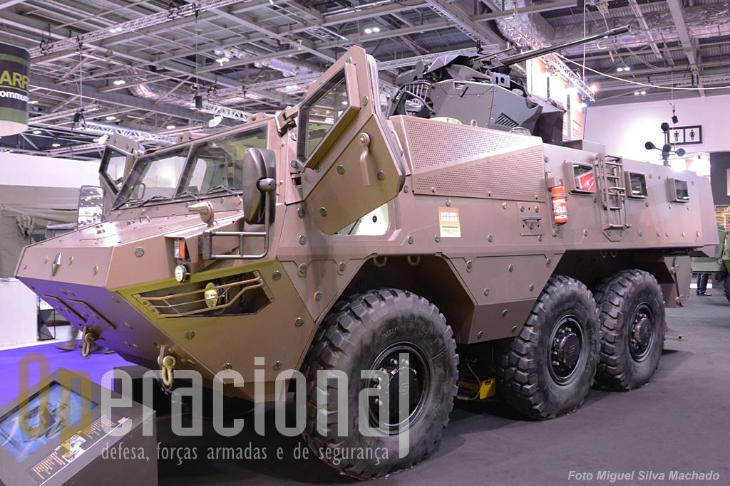 O VAB Mark III (Renault) nova versão de um consagrado veículo blindado de transporte de pessoal do Exército Francês.