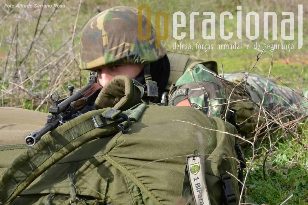 O 1.º Batalhão de Infantaria Pára-Quedista da Brigada de Reacção Rápida termina agora um intenso ciclo de treino e mesmo emprego operacional. Um exemplo entre muitos outros nas Forças Armadas Portuguesas que deve ser do conhecimento público.