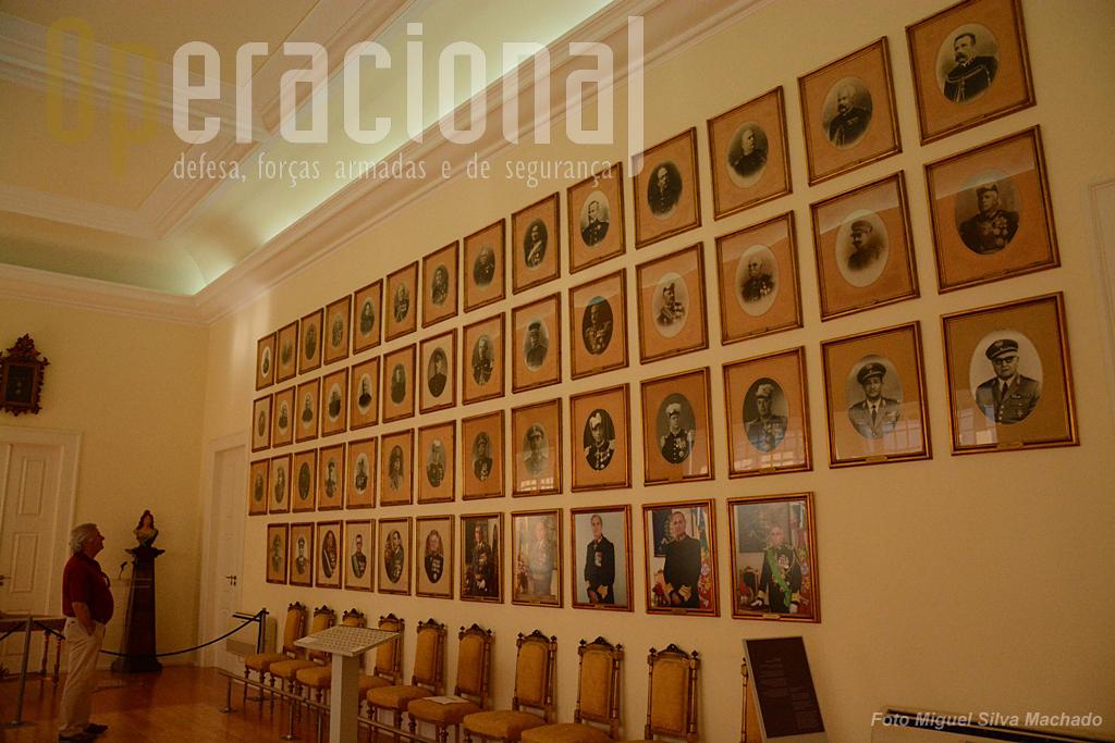 Fotografias dos Comandantes-Gerais da GNR e antecessoras desde 1801 até 2014.