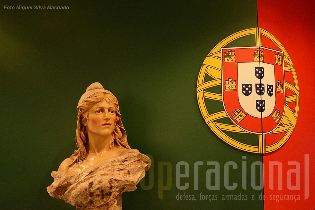 """A GNR está intimamente ligada ao nascimento da 1.ª República Portuguesa e isso não é esquecido. Aliás a história oficial diz que a GNR """"...desenvolveu-se exponencialmente... a partir da ditadura militar de 1926 foi reduzida significativamente..."""""""