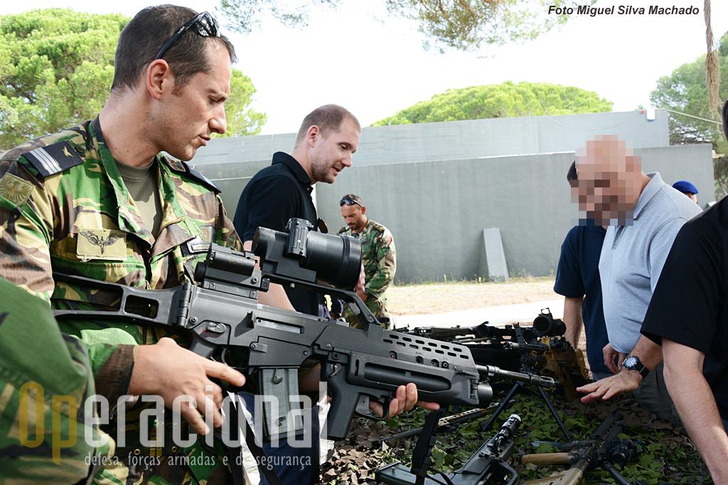 A G-36 5,56mm, também com lança-granadas 40mm, uma das armas que UPF tem usado nas missões exteriores (Chade, Afeganistão e agora no Mali).