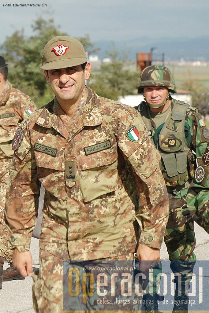 O Major-General do Exército Italiano, Francesco Paolo Figliuolo, comandante da KFOR, esteve presente no último dia do exercício.