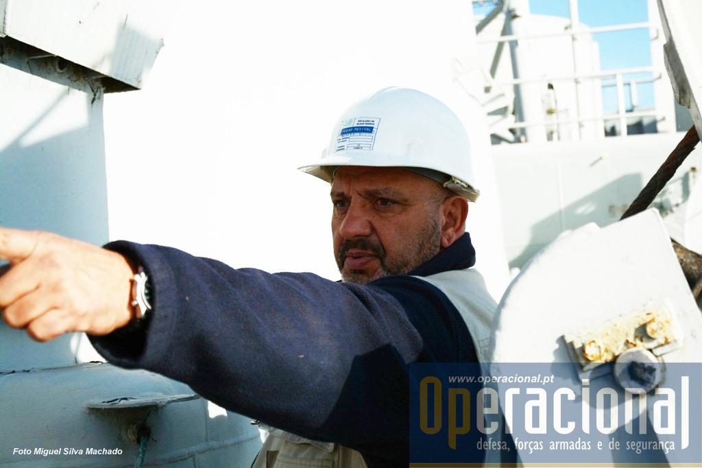 """Alberto Vítor Braz, que esteve intimamente ligado ao projecto pioneiro em Portugal do """"Ocean Revival"""" usa essa experiência e a sua qualidade de mergulhador para agora ajudar a levar a bom porto este novo desafio."""