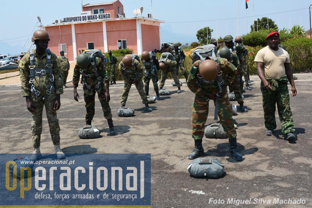Nestas patrulhas de salto estão militares dos países envolvidos no exercício. Usam pára-quedas da Brigada de Forças Especiais (de fabrico espanhol - CIMSA), e seguem os procedimentos em introduzidos nesta brigada pelos formadores portugueses do Grupo Milícia, os quais são semelhantes aos portugueses mas com algumas adaptações locais.