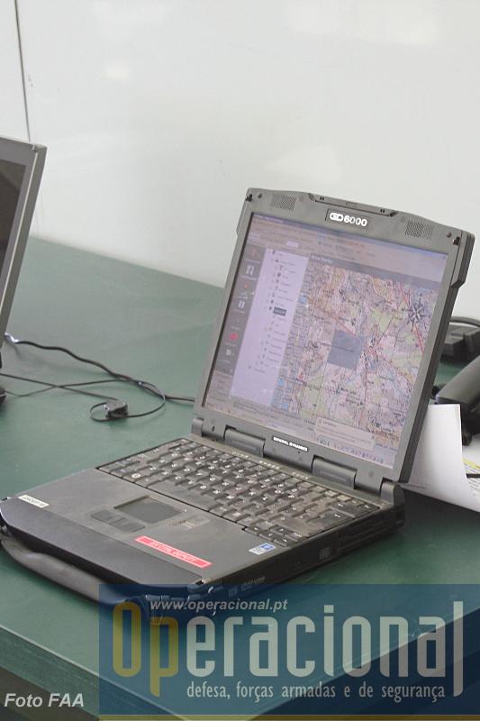 """e tecnologias que ajudam a incrementar a capacidade de comando e  controlo deste tipo de unidades. Um dos componentes sistema de comando e controlo """"Chaka"""""""