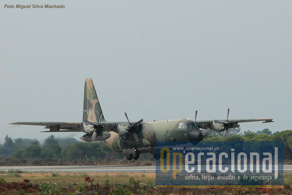 A Esquadra 501 da Força Aérea Portuguesa, já participou com um C-130H numa missão Open Skies na Bielorrússia e Federação Russa.
