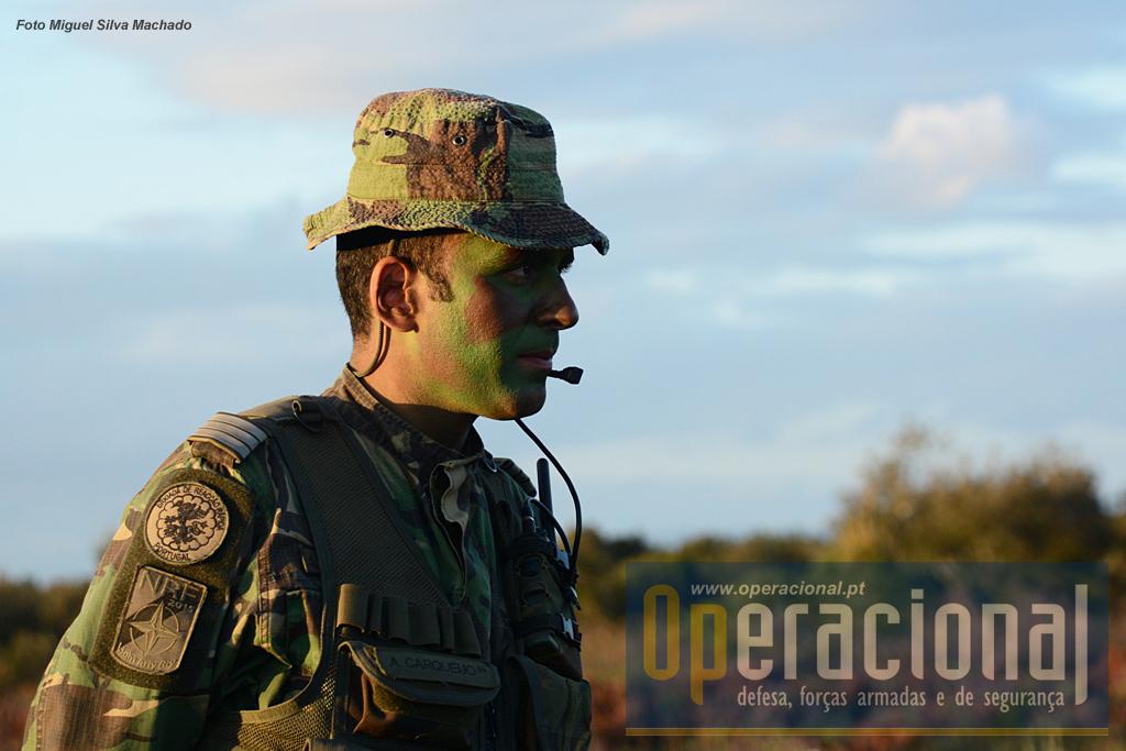 Ao Capitão Aires Carqueijo, comandante da bateria, caberá liderar os 120  militares da LightArtBtyNRF2015, numa eventual projecção para o exterior do território nacional.