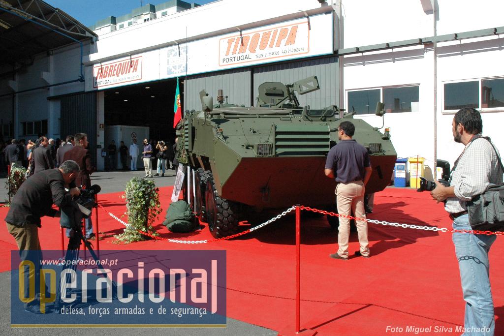 Apresentação pública da 1.ª Pandur fabricada em Portugal (em 25SET2007). A interrupção do Programa Pandur e a muitas peripécias que o acompanharam acabaram por se reflectir na capacidade operacional do Exército.