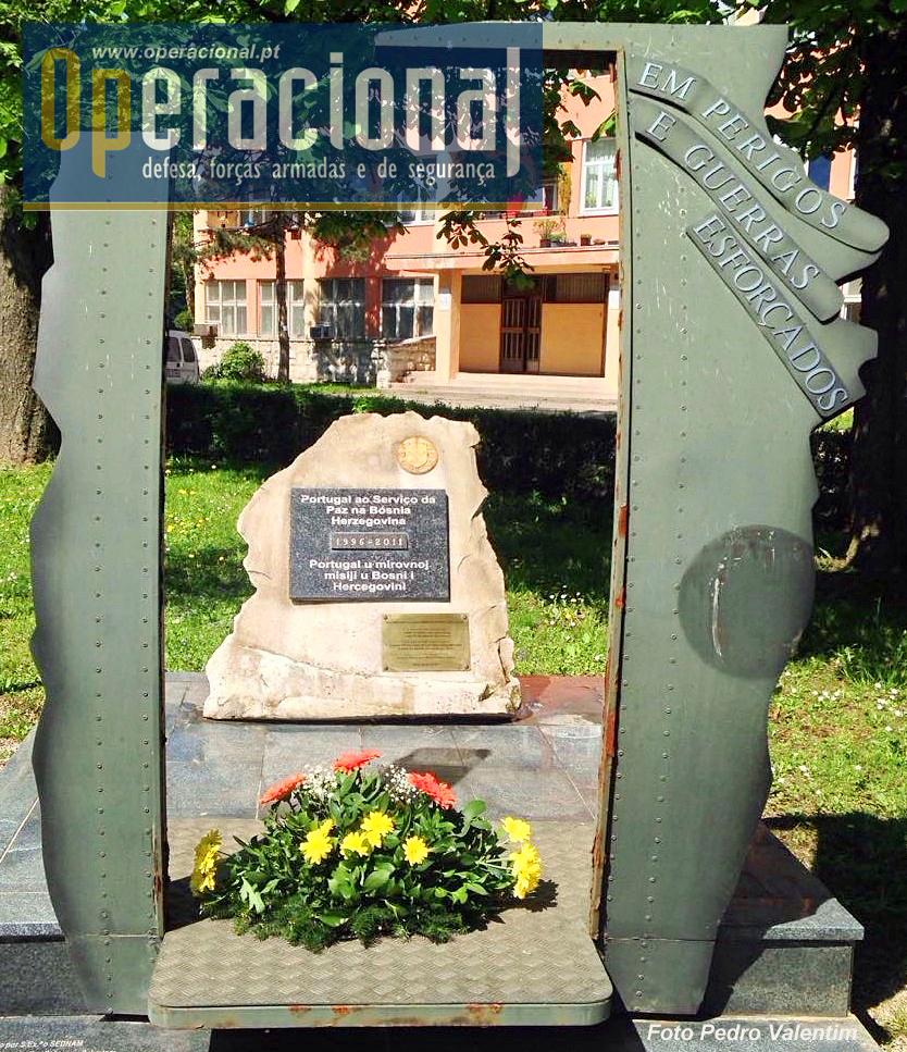 Apesar dos cuidados do Pedro Valentim, a degradação do monumento continua. Seja como for, até à solução que se aproxima, o local tem sido pela sua mão limpo e dignificado. Sem esta acção há muito que não seria mais que uma ruína.