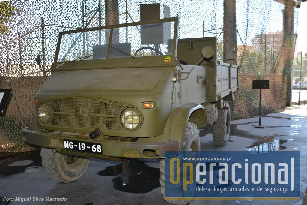 Outro Mercedes Unimog muito usado em Portugal depois de 1961, o S404.