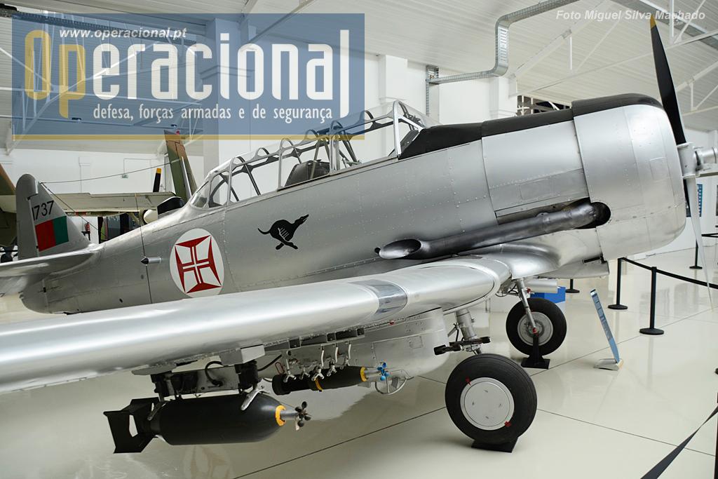 North American T-6. Chegaram a Portugal em vários lotes a partir de 1947 até 1969 de vários países. Serviram intensamente em África, foram retirados em 1978.