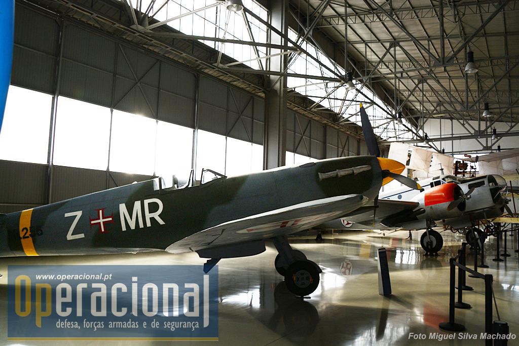 Um Supermarine Spitfire