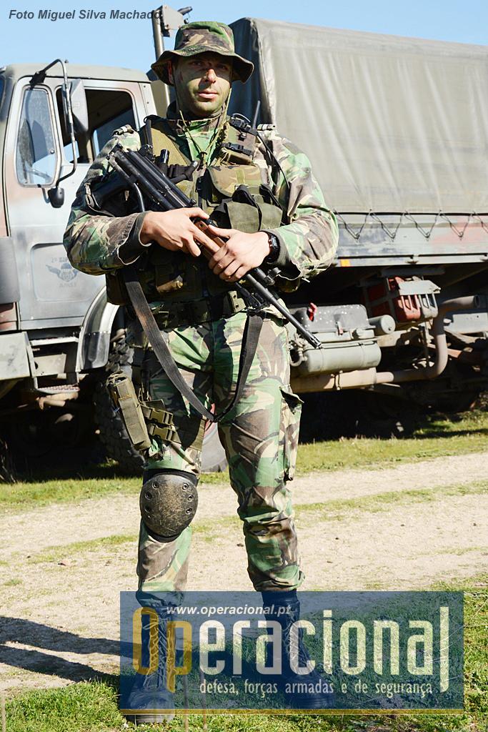 A maior parte do  equipamento, armamento e fardamento individual do militar do Exército tem mais de 20 anos (alguns itens até bem mais), não estando hoje capaz de responder às necessidades das operações multinacionais. Alguns aspectos impedem mesmo essa cooperação.