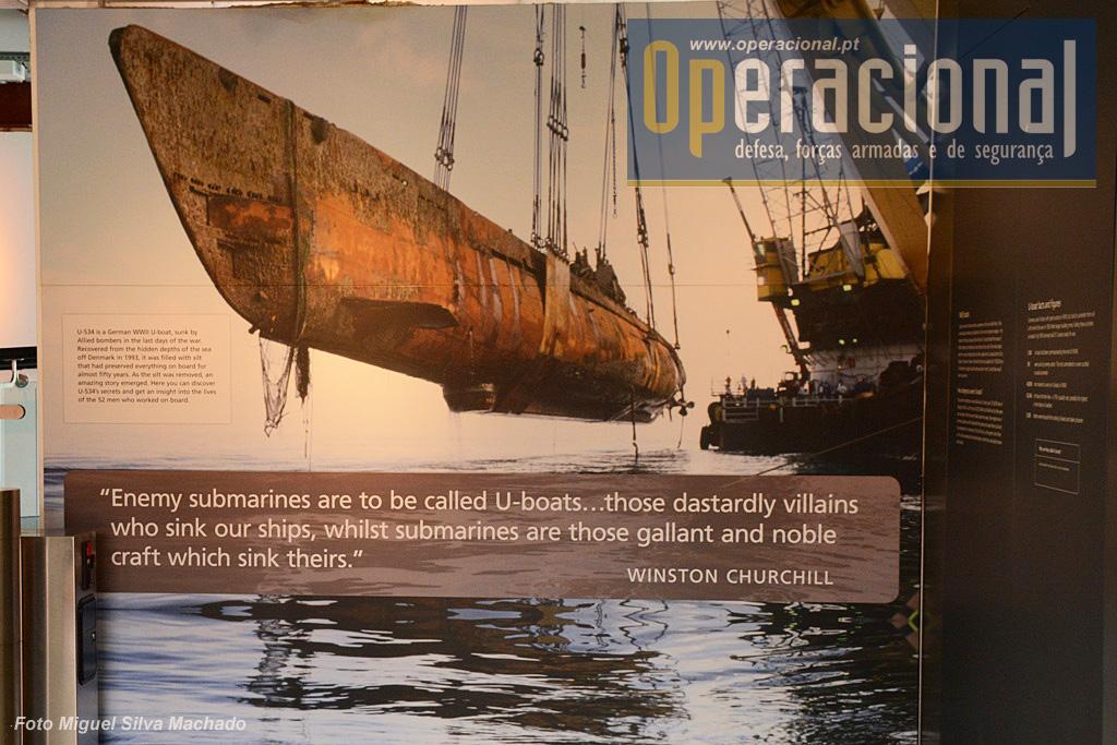 Dos 1.168 submarinos alemães que entraram ao serviço na 2.ª Guerra Mundial, 790 foram afundados. Dos 40.000 submarinistas formados entre 1934 e 1945, 30.246 morreram em combate ou devido a ferimento assim adquiridos. 5.338 salvaram-se de morrer no mar e foram presos. É na realidade um balanço impressionante.
