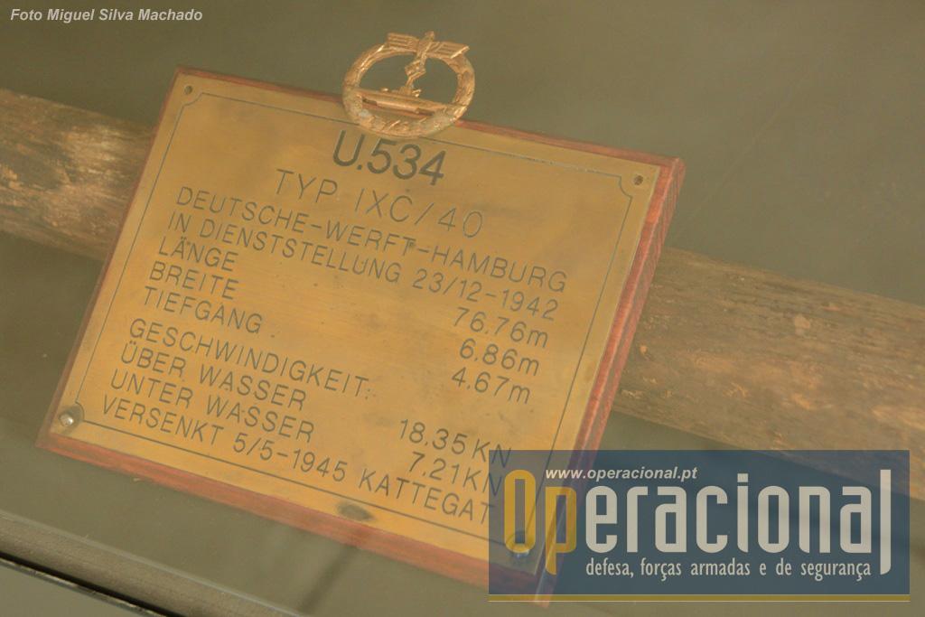 """O """"bilhete de identidade"""" do U-534."""