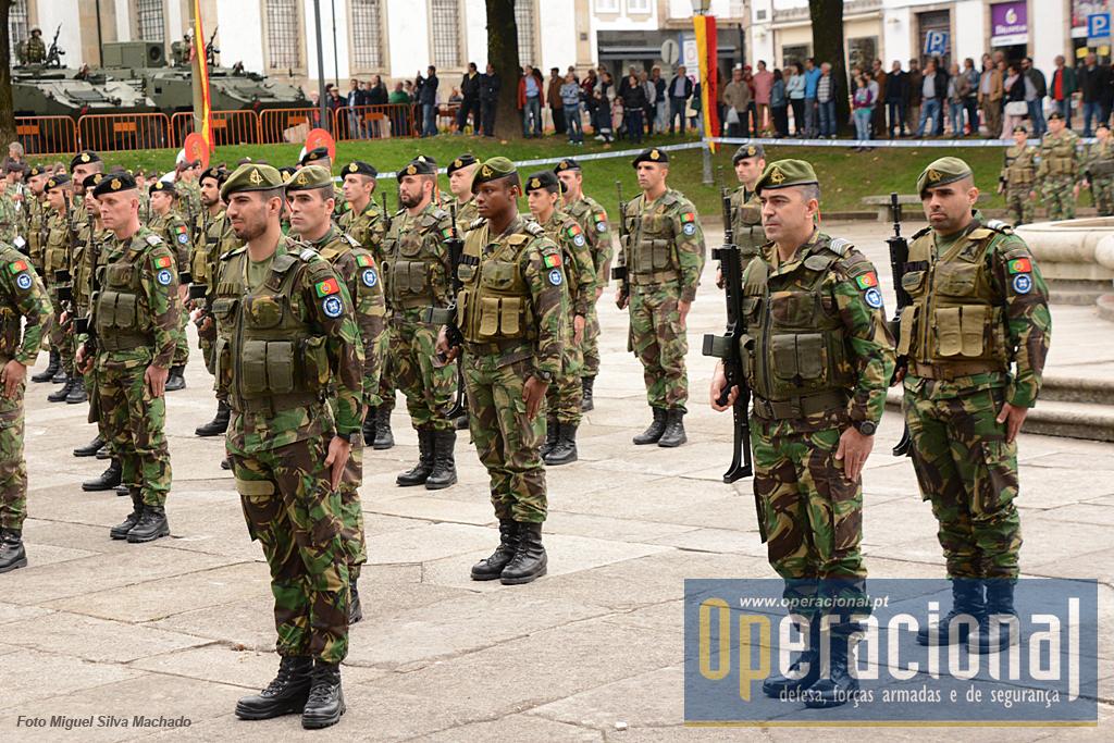 A Special Operations Task Unit da Brigada de Reacção Rápida que operou no Kosovo integrado no GAM.