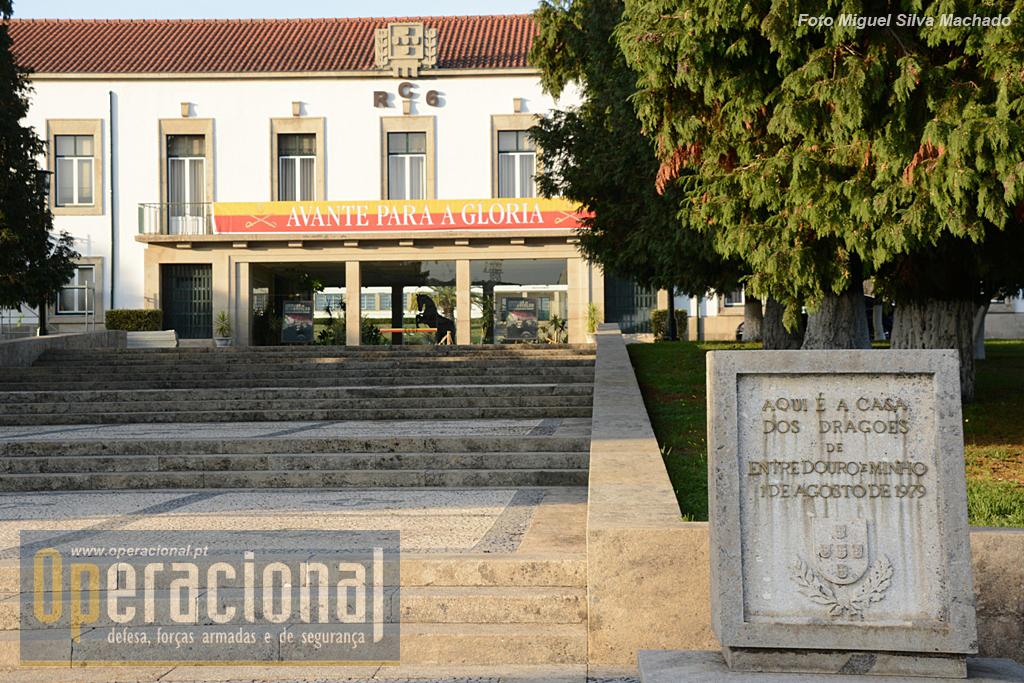 O Regimento de cavalaria 6 tem uma longa história e está aquartelado em Braga desde 1979, ano em que foi transferido do Poro para esta cidade.