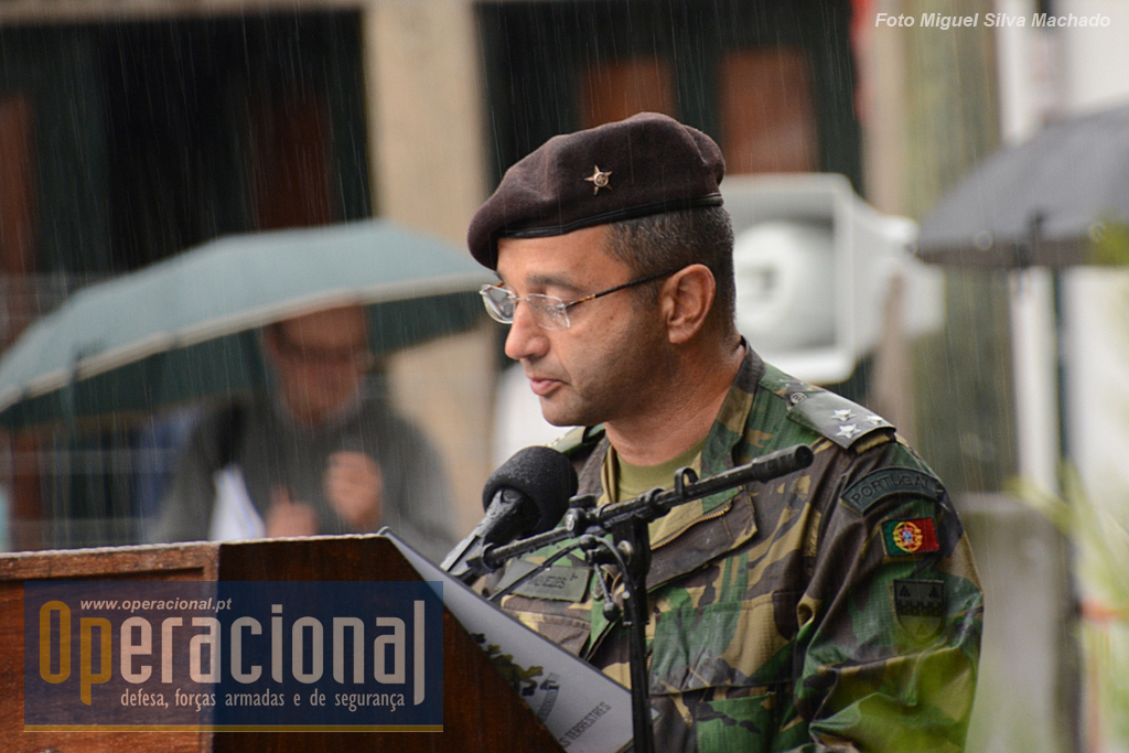 O Comandante das Forças Terrestres presidiu à cerimónia.