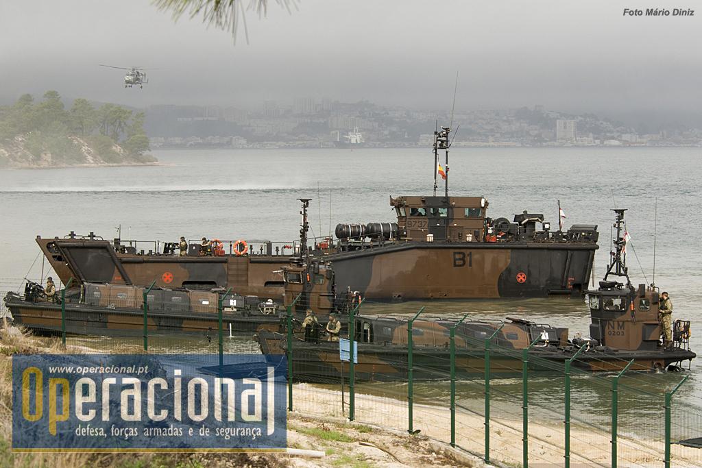 LCU Mk 10 e LCVP Mk 5 desembarcam fuzileiros e viaturas. Portugal não só não tem um navio tipo LPD como, por incrível que possa parecer, não tem neste momento nenhuma lancha de desembarque na componente operacional da Marinha.