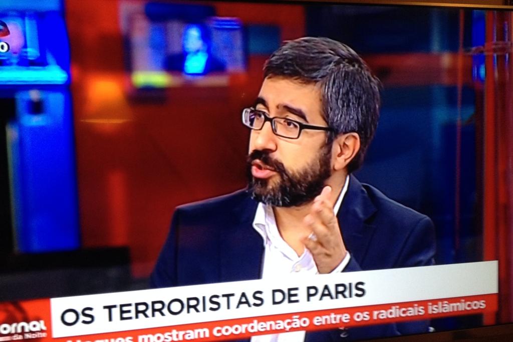 Daniel Pinéu na SIC TV mostrou ser ignorante sobre a instituição militar, os seus elementos e a sociedade em que vivemos.
