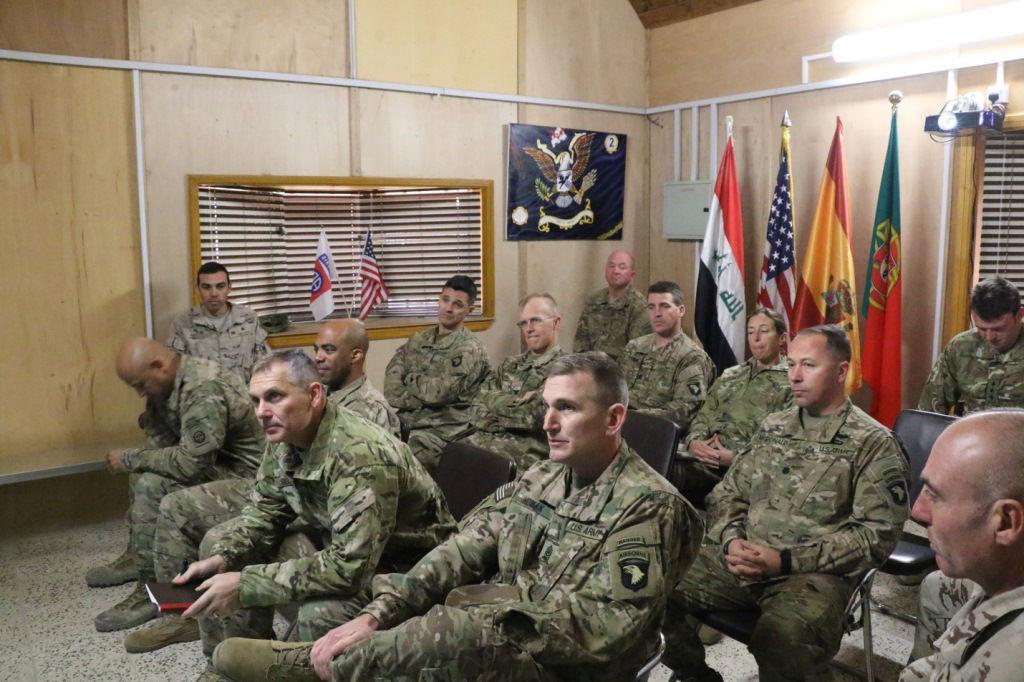 Reunião com os quadros da 101 Airborne Division.