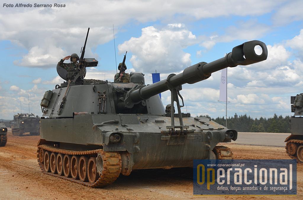 Obuses M109 A5 155mm AP (autopropulsionado)