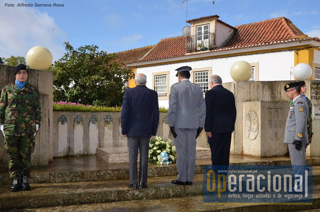 Cerimónia de Homenagem aos Mortos da I Grande Guerra, em VILA NOVA DA BARQUINHA