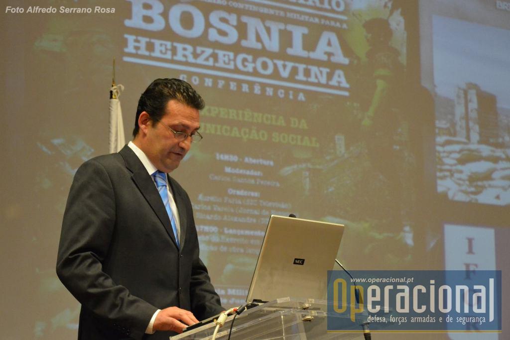Dr. Victor Raquel administrador da Fronteira do Caos Editores.