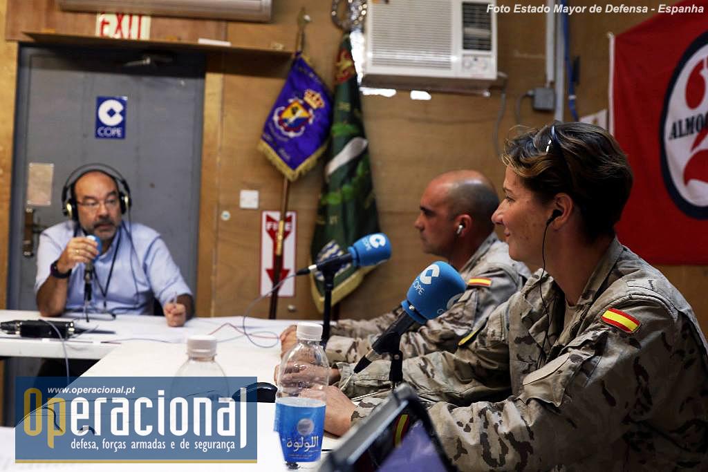 A atenção da comunicação social espanhola pela missão no Iraque, tem sido permanente, não só através dos OCS públicos como alguns privados, sempre, como se compreende dadas as condições do local, com o apoio dos militares espanhóis.